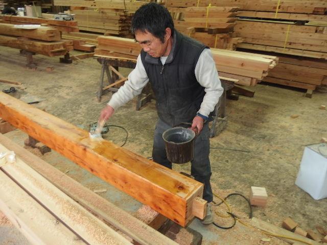 川井の家 大工の墨付けが進行中。_f0105112_644423.jpg