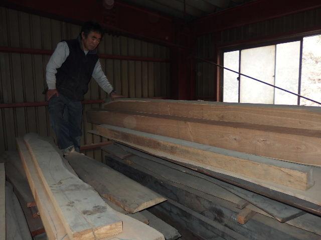 川井の家 大工の墨付けが進行中。_f0105112_6452716.jpg