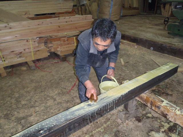 川井の家 大工の墨付けが進行中。_f0105112_6491666.jpg