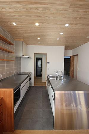 「キッチンを囲む家」クリーニング後の室内の様子などなど_f0170331_7224793.jpg