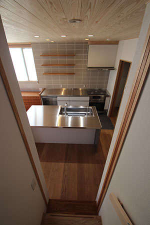 「キッチンを囲む家」クリーニング後の室内の様子などなど_f0170331_723758.jpg