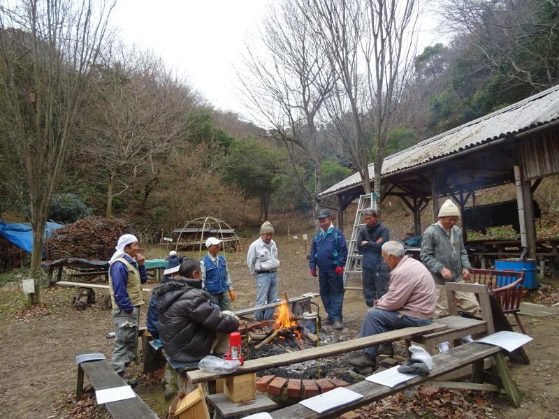 春蘭の道作りが順調に進んでいます  in  孝子の森     by     (TATE-misaki)_c0108460_20103614.jpg