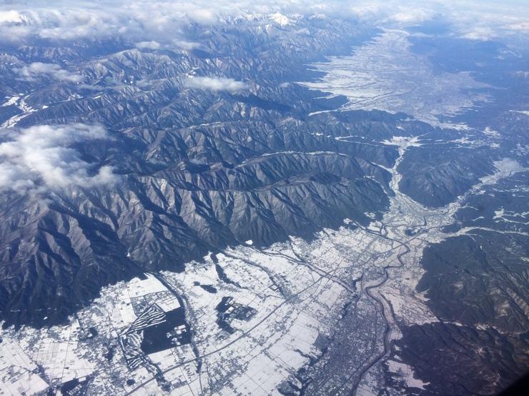 冬の盆地_b0233441_19535194.jpg