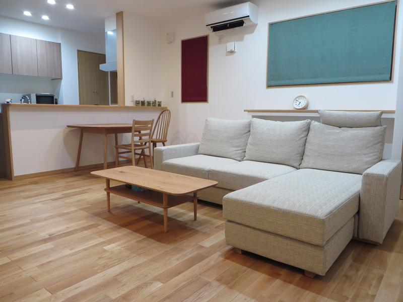 富山市S様邸家具とカーテンのトータルコーディネート。_d0224984_12474517.jpg