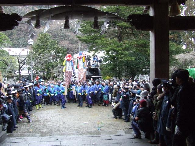 秋田市三吉神社 梵天(ぼんでん)祭り_f0019498_2018470.jpg