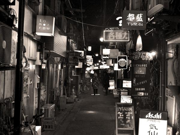 新宿ゴールデン街_b0175635_1131262.jpg