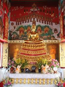 ヤムの会ミニトリップ、タイ寺院ワット・パクナム参拝とタイ料理クルワ・リム・ターン_c0030645_12235639.jpg