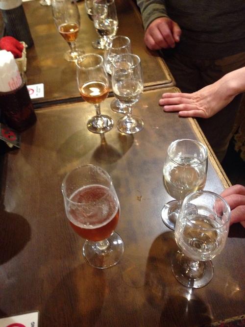 【@BERG_SHINJUKU: 【天青・湘南ビールで乾杯!】杜氏・五十嵐さん来店中♪市原&マーチさんと共に♪一緒に乾杯&お酒のお話しましょう〜!15時ごろまでの予定です♪ ( ´ ▽ ` )ノ♪_c0069047_1421267.jpg