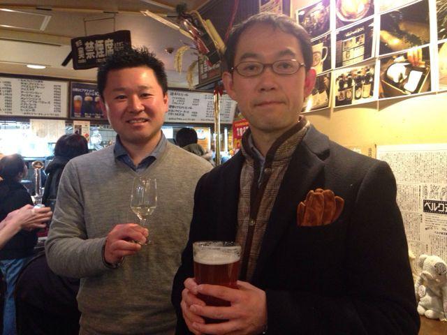 五十嵐さん、お客様と続々乾杯中!上からまちださま、かたのさま、たけださま♪ #湘南ビール #天青_c0069047_14474932.jpg