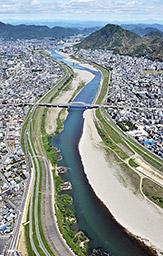再び「長良川」-その1-_f0197754_0474569.jpg