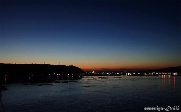 光がたまらん〜☆須江・内浦ビーチ_e0158261_6495268.jpg