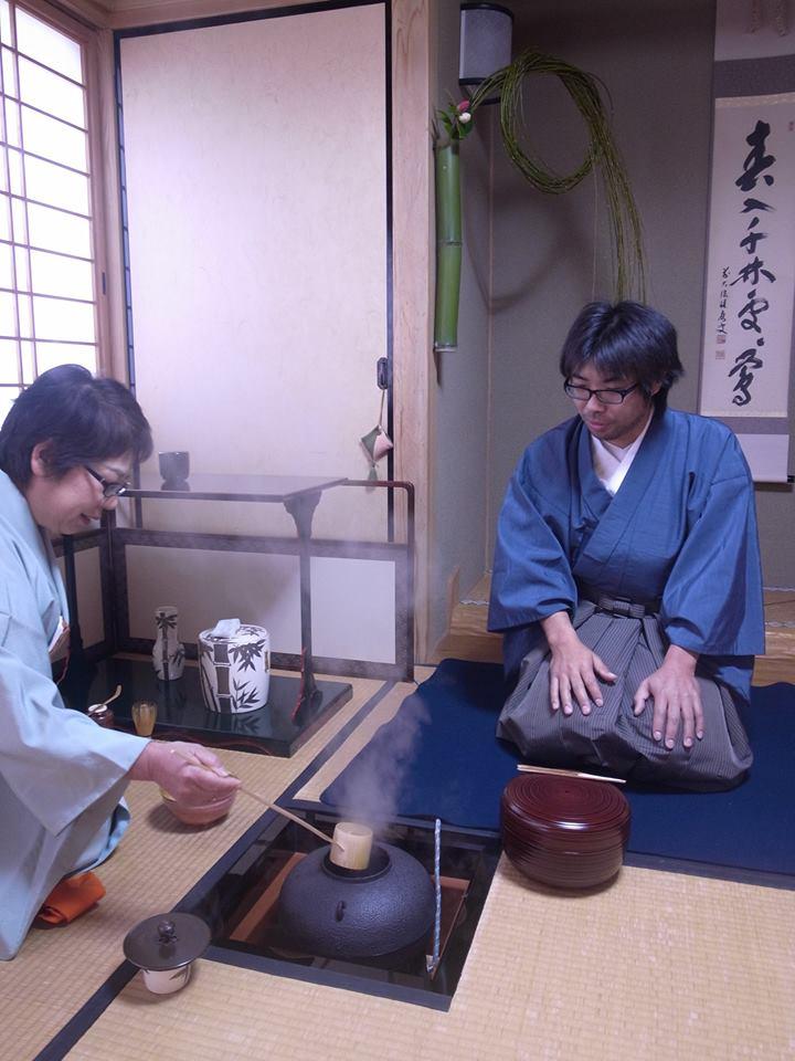 初めての初釜へ 男性のお茶のメンバー募集してます^^_d0230676_1833943.jpg