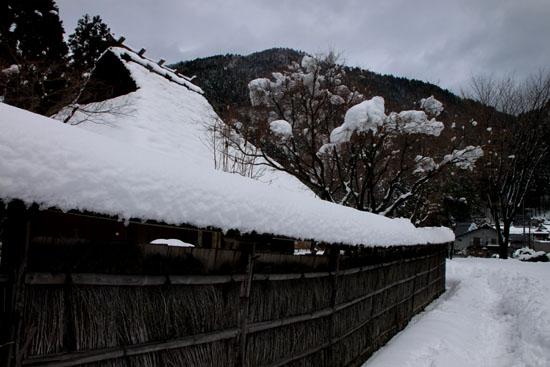 葛川かやぶきの家 雪の中_e0048413_175744100.jpg