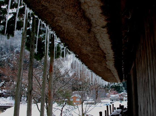 葛川かやぶきの家 雪の中_e0048413_17581380.jpg