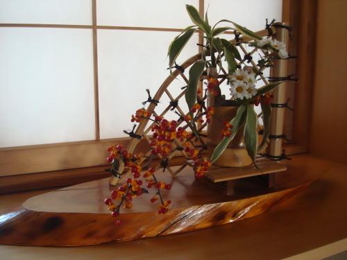 日本の美  活け花の世界_f0325525_07451817.jpg