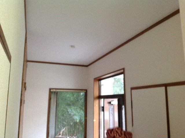 浴室タイルとクロス施工_f0031037_1930670.jpg