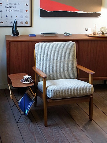 Easy chair_c0139773_18111640.jpg