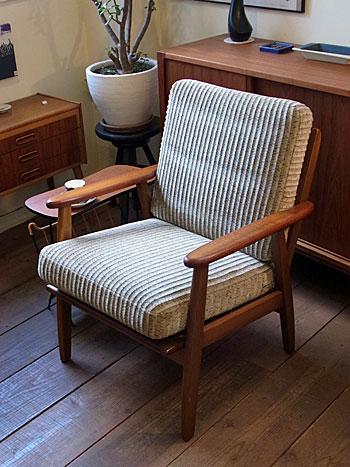 Easy chair_c0139773_18112785.jpg