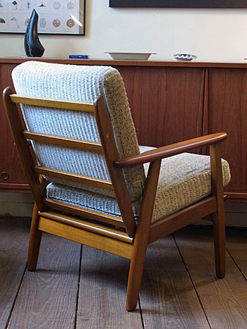 Easy chair_c0139773_18114791.jpg