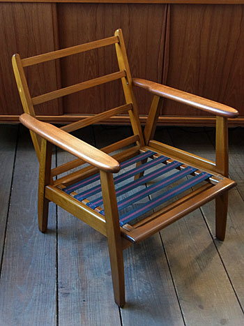 Easy chair_c0139773_1811578.jpg