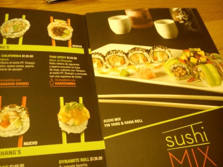 レオンのおいしい中華のレストラン 『P.F.Chang\'s』_c0325278_08464106.jpg