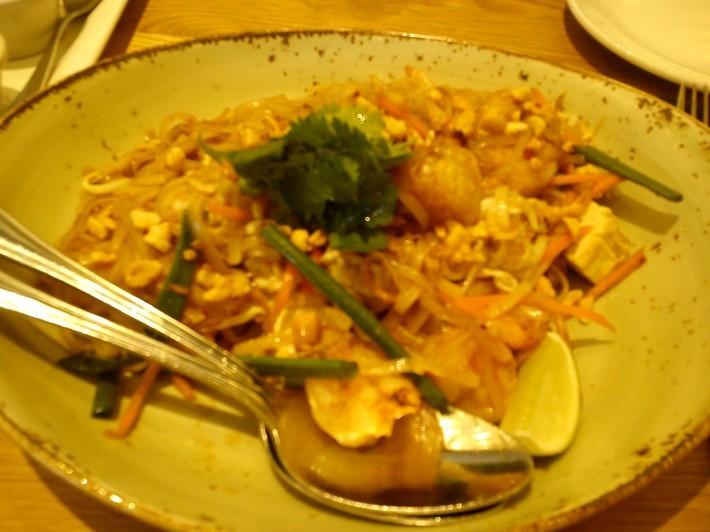 レオンのおいしい中華のレストラン 『P.F.Chang\'s』_c0325278_09023684.jpg