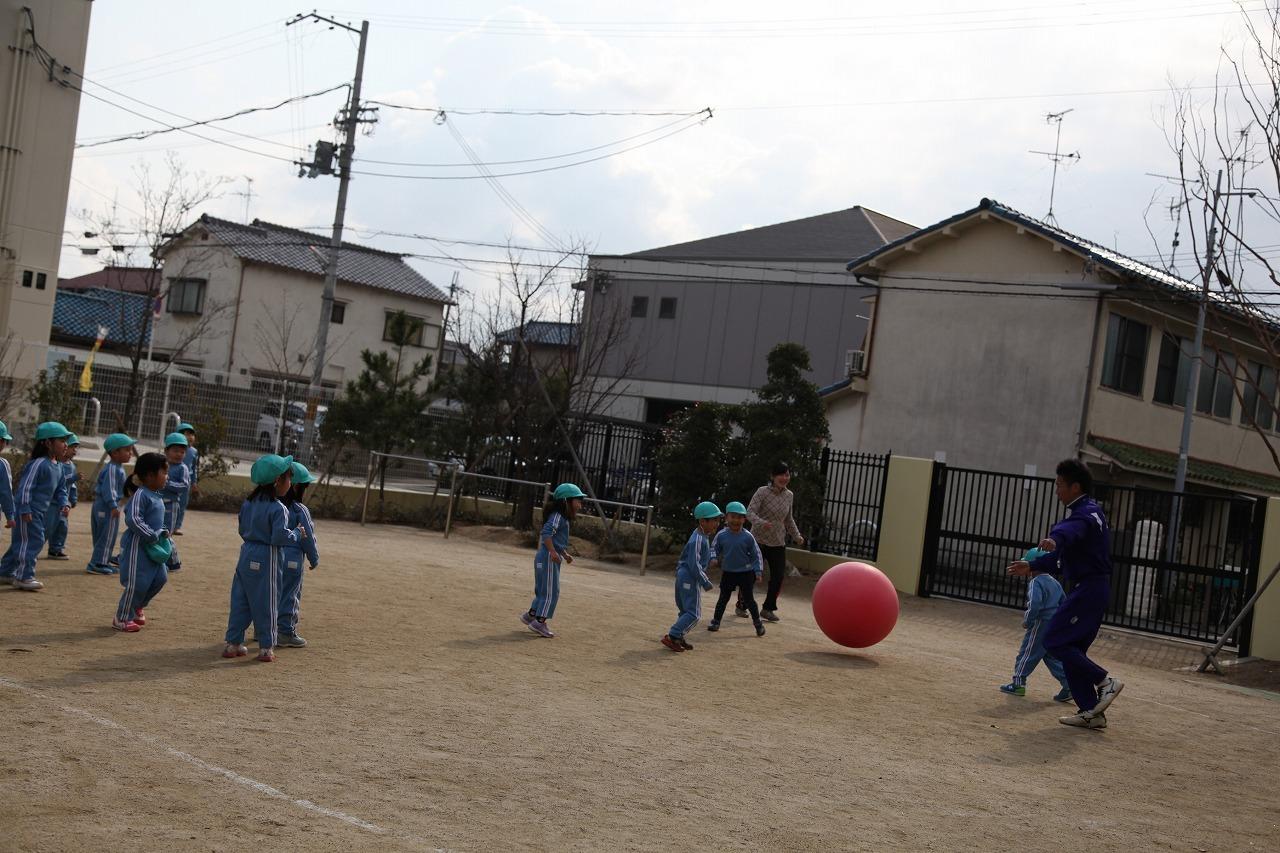 体操(りんご・年少)_b0277979_15494595.jpg