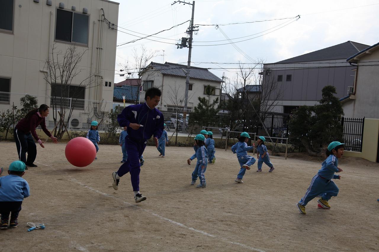 体操(りんご・年少)_b0277979_15494995.jpg
