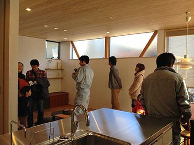 「キッチンを囲む家」完成見学会を行いました_f0170331_7463738.jpg