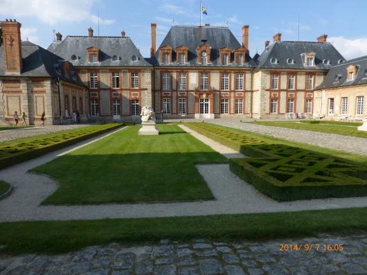 イル・ド・フランスの城 その3 ブルトイユ城_d0263859_15231865.jpg