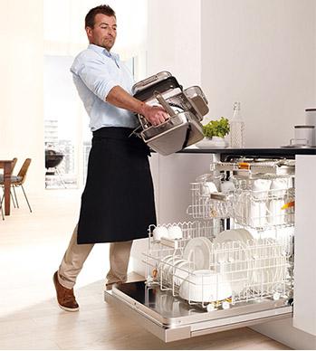 Mieleの食洗機を購入するとルクルーゼがもらえるキャンペーン中です_b0120583_18105714.jpg