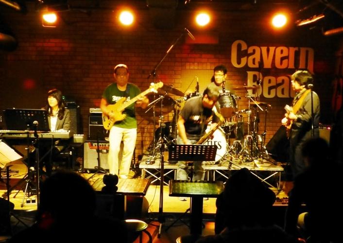 2014年カラフル年末ライブ、2日目のライブレポ♪part1_e0188087_2215568.jpg