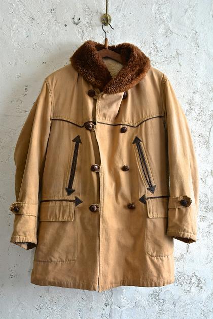 Vintage Canadian coat_f0226051_1623315.jpg