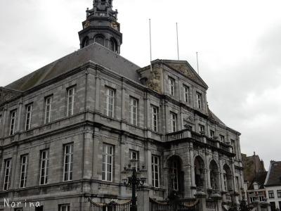 ベルギー・オランダの旅2~大聖堂、教会オンパレード_e0326953_12305955.jpg