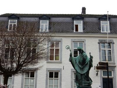 ベルギー・オランダの旅2~大聖堂、教会オンパレード_e0326953_12312915.jpg