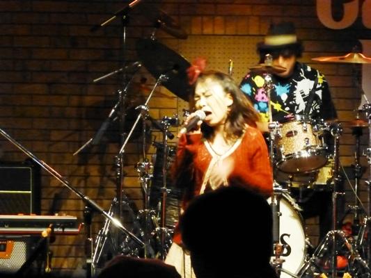 2014年カラフル年末ライブ、2日目のライブレポ♪part1_e0188087_0463397.jpg