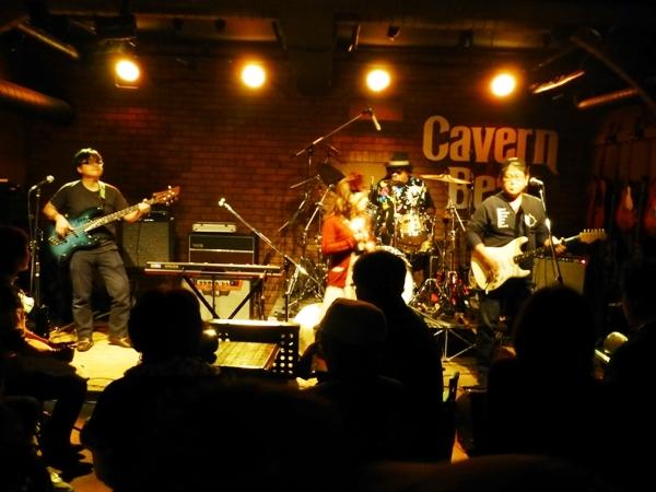 2014年カラフル年末ライブ、2日目のライブレポ♪part1_e0188087_048629.jpg