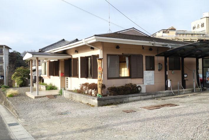 榊原温泉の源泉はどこ?_b0145296_9514521.jpg