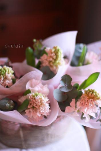 フワフワな花で春を待つ_b0208604_13542772.jpg