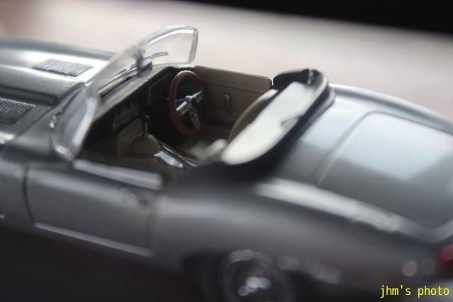 Jaguar、Fiat、Lotus_a0158797_2272121.jpg