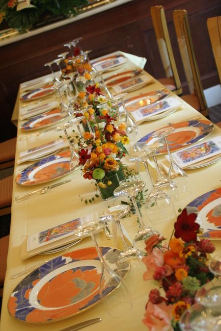 花に囲まれてランチを シェ松尾松濤レストランでの一会生徒さん作品展のお知らせ_a0042928_19445997.jpg