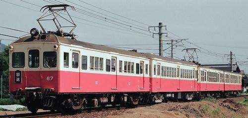 高松琴平電鉄 長尾線電車の4連回送_e0030537_2301726.jpg