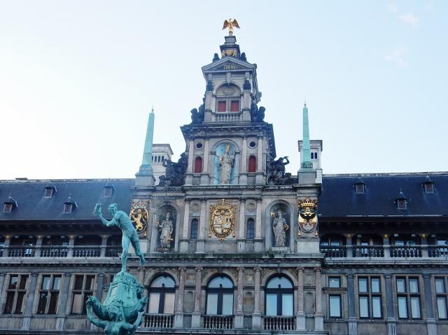 ベルギー・オランダの旅4~「フランダースの犬」の聖地へ_e0326953_17322442.jpg