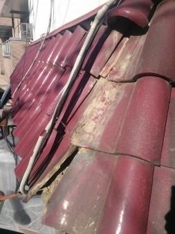 大山ハッピーロード近所で瓦屋根修理_c0223192_22432052.jpg
