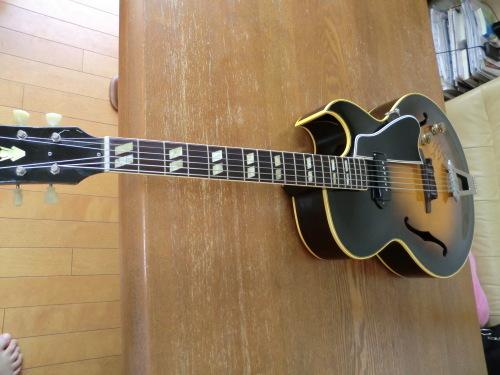 今日のマイギター_e0119092_14571298.jpg