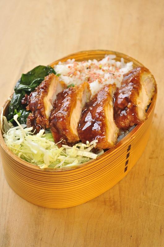 ソースカツ丼弁当_b0171098_20103134.jpg
