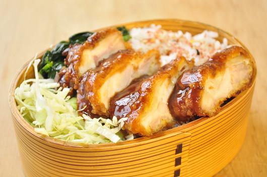 ソースカツ丼弁当_b0171098_2026141.jpg