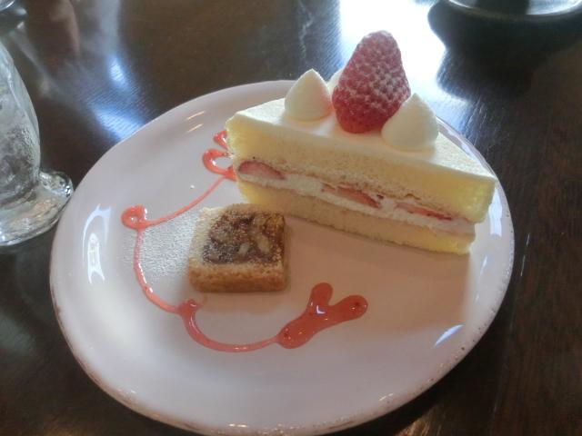 昨年行った美味しいケーキのお店_e0201009_22342501.jpg