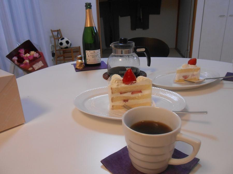 奥野田ヴィンテージブリュット2002年。はずさない誕生日。_a0095931_1111512.jpg