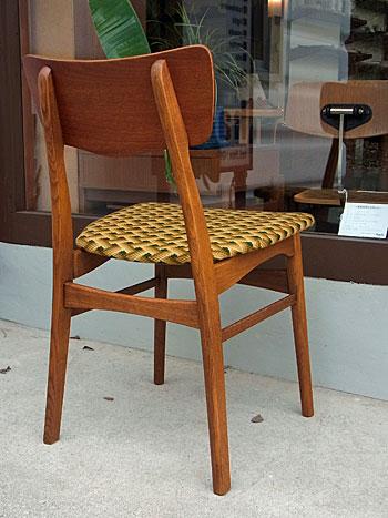 chair_c0139773_1729544.jpg